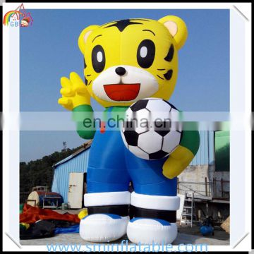 Hot selling inflatable tiger model,advertising inflatable tiger cartoon character , promotion lovely tiger model with footabll