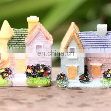 factory cute mini house miniature resin figurines of house