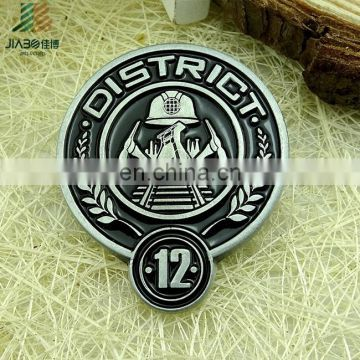 Jiabo Custom Made Metal Die Struck Black Eyeglass Lapel Pin