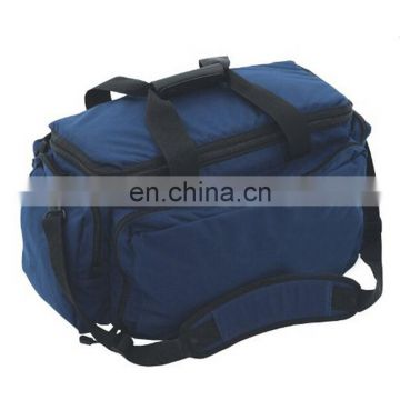 Outdoor lunch bag with many dividers