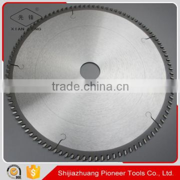 fine cutting tct saw blade for cutting organic glass materials