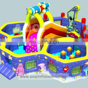 2015 New design inflatable obstacle course with free EN14960 certificate