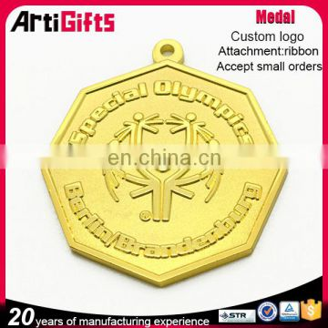 Finely processed soft enamel custom metal car medal