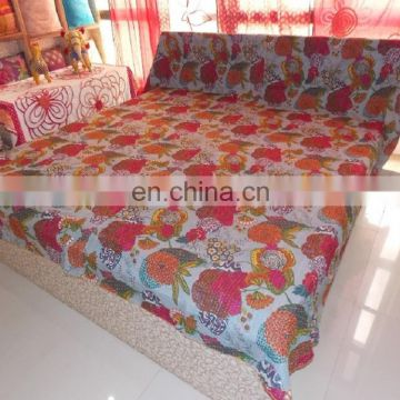 Latest design 100% cotton simple washing India quilted kantha bedspread