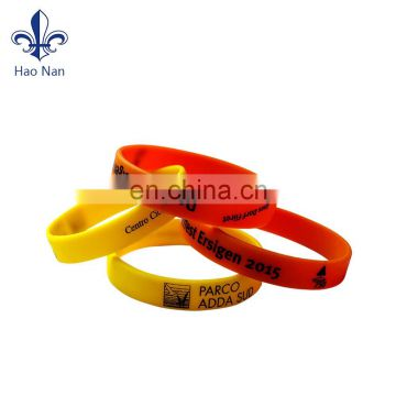 China supplier colorful custom logo silicone rubber bracelet