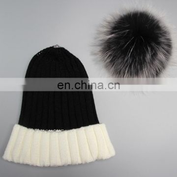 Women raccoon fur poms hat with large poms wholesale china knitting fur poms hat