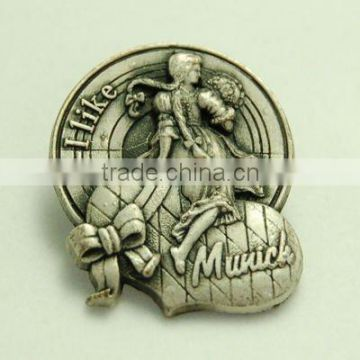 Zinc alloy pin badge