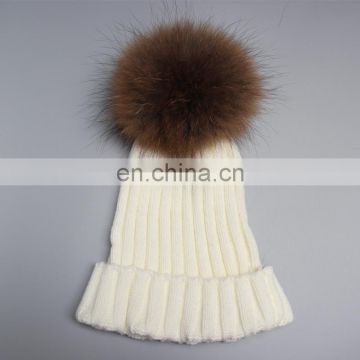 White unisex adults/kids size ribbed raccoon fur pom pom popular hats
