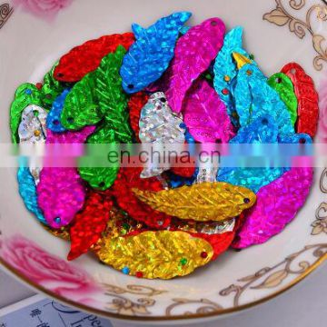 30 mm maple leaf colorful shiny shiny PVC sequins costume jewelry DIY accessories Shinny sequin for shoe decoration