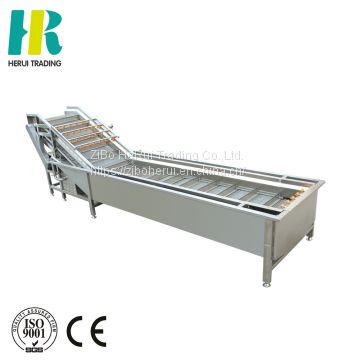 Continuous soaking cleaning vegetable washing equipment