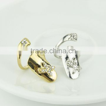 Hot lady butterfly finger nail ring