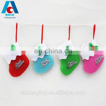 2017 hot selling christmas decoration plush christmas stocking hanging pendants