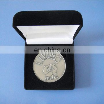 Matt silver UAE flag challenge coin with red leather gift box
