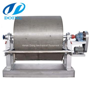 Vacuum filter dewatering machine for starch