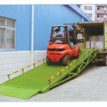 Portable Steel Yard Ramp Easy Operation Dock Levelers