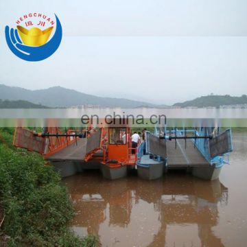 River water floating garbage collection boat