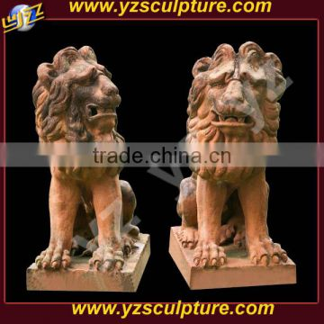 hot sale humorous small pink stone lion statue