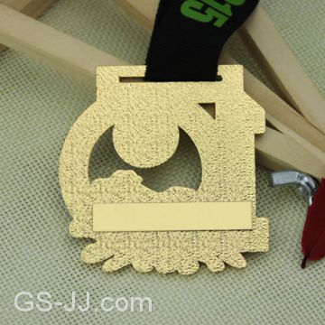 10th Annual Mudpuppy Chase Race Custom medals of medals from China