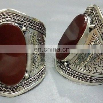 (KB-00002) Afghan Best Quality Low Cost tribal agate Cuff