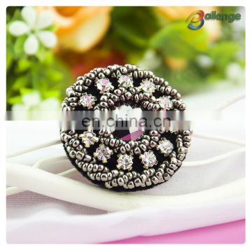 Wholesale high quality fashion rhinestone crystal designer coat shirt clothing buttons beads button designer button for colthing