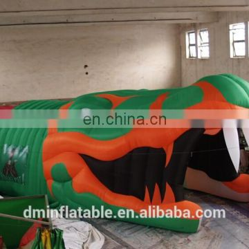 2015 hot sale inflatable Giant Crocodile Sports Tunnel