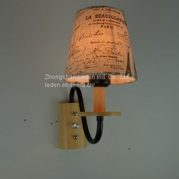 New Design Wood Wall Lamp