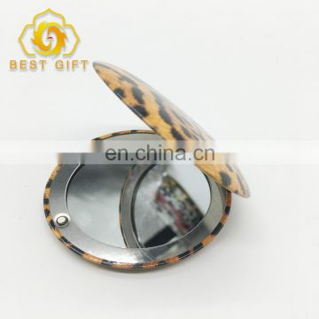2017 New Cheap Custom Shape Hand Mirror With Two Glasses