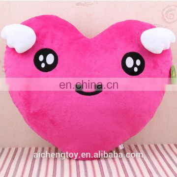 high quality custom wedding bedroom decoration plush red love heart shaped cushion pillow
