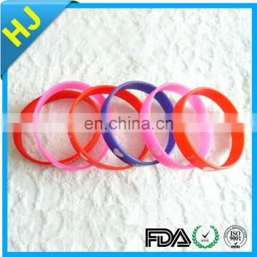 Manufacturer supply silicone bracelet custom with high quality