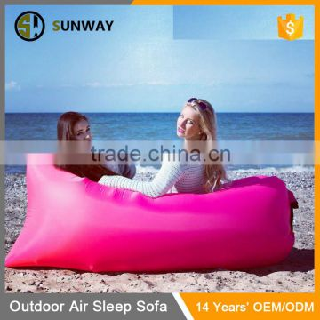 2016 Latest Fashion Design Air Filled Portable Inflatable Beach Lounge