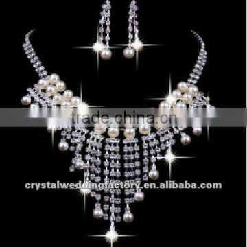 2013 new Fashion cheap rhinestone bridal Ladies' jewelry sets Wedding Accessories necklaces and earrings CWFan4905