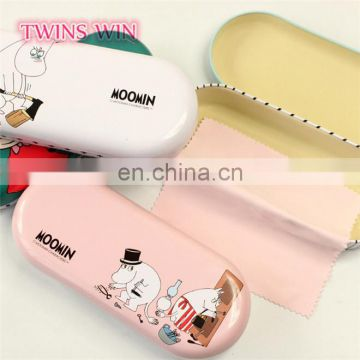 Cheapest and 2018 newest Wholesale Spain fashion high quality Classic stylish soft folding metal sun glasses case