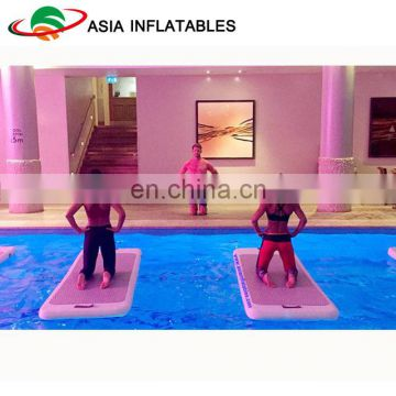Drop stitch floating water mat / Inflatable yoga mat on water