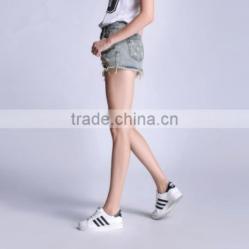 China High Quality Women Comfortable Fashion Denim Shorts For Women