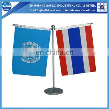 China factory plastic table flags