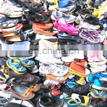 Fashion sorted Double used shoes in bales for children used soccer shoes