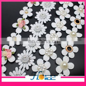 Fashion design white color flower shape polyester lace trim for garment