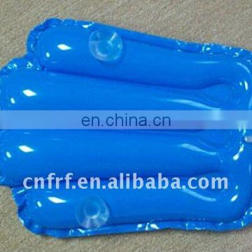 Inflatable bath pillow with plastic sucking disc