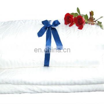 natural silk bedding duvet, feeling warm and comfortable
