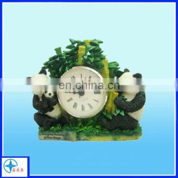 Creative custom resin panda desk clock