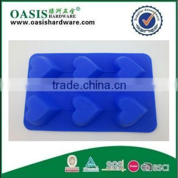 Hot 100% food safe silicone cake mould