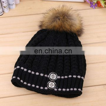 Ladies solid color knitting beanies with buttons real raccoon fur pom