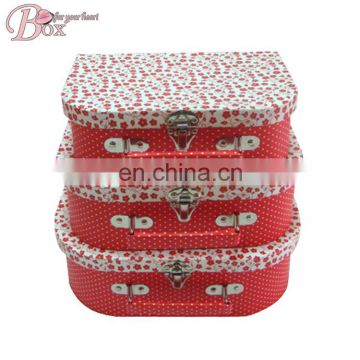 Medium-sized personality paperboard Customize design cute suitcase whole printing gift boxes with handle