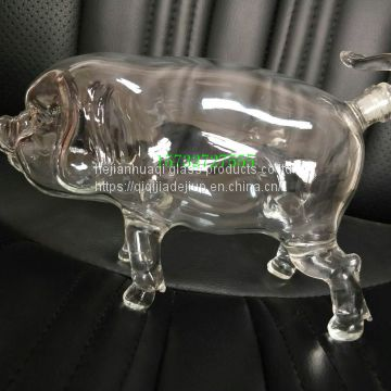 2018 new zodiac 1000ml glass pig decanter pig bottle