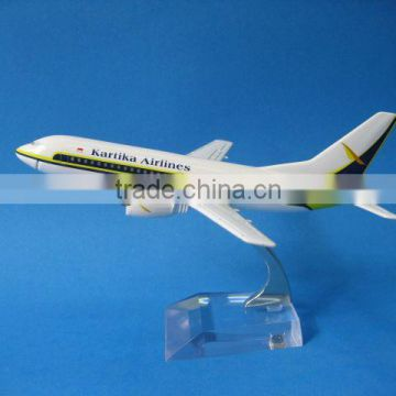 Metal B737-300 Kartika airplane model for decoration