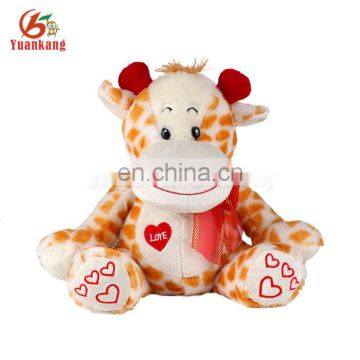 Wholesale custom plush valentine giraffe toy for gift