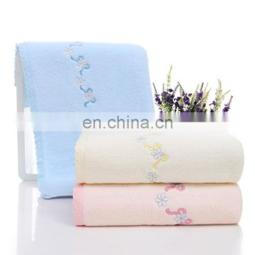 Wholesale custom embroidery 100% cotton towel with logo