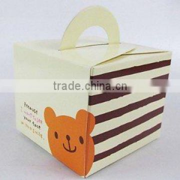 high stready decorative cute birthday cake food grade paper box with handle and inner tray