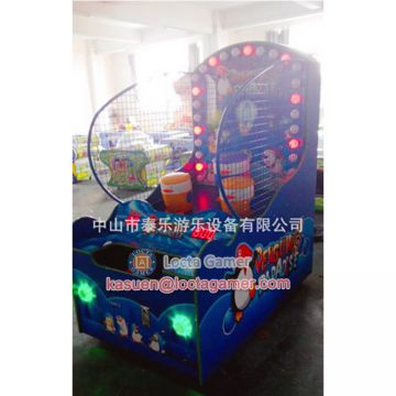Zhongshan Locta amusement redemption game machine, Penguin Paradise ball throwing machine, coin operated, shooting game