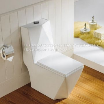 Hot Selling competitive price bathroom sanitary ware white Ceramics one piece italian roca single toilet wc